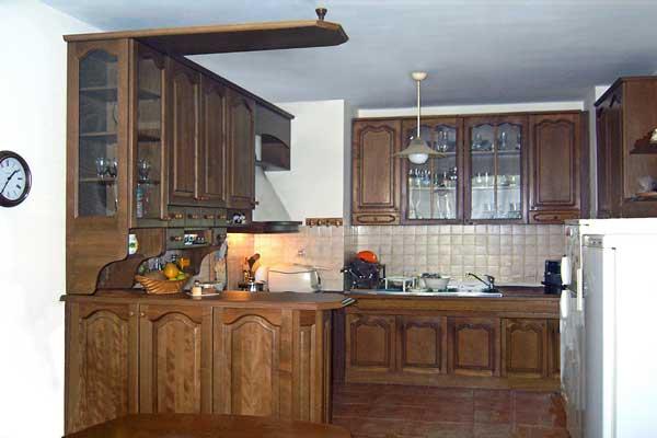 Tủ bếp gỗ hương i