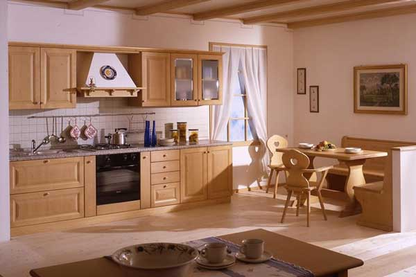 Tủ bếp gỗ pơ mu e