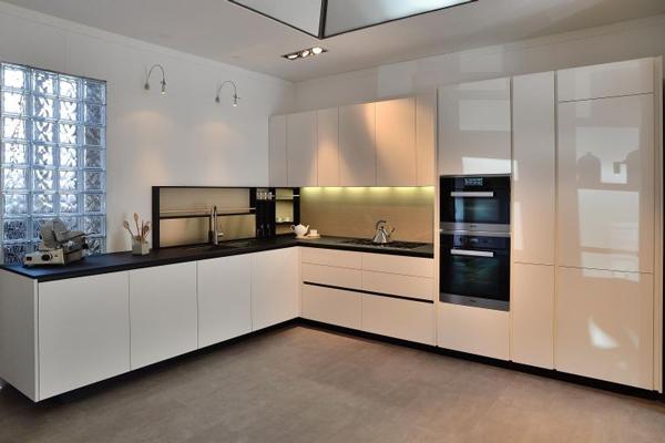 Tủ Bếp Acrylic c