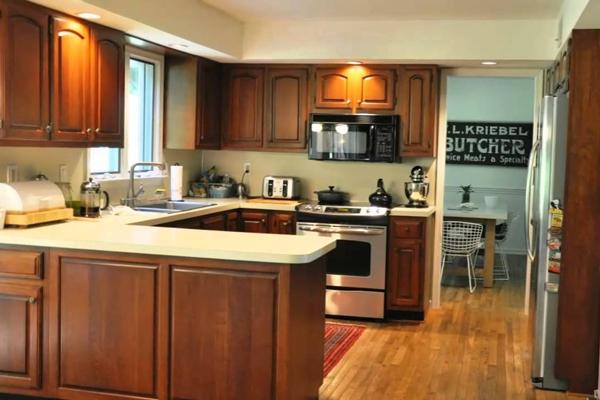 Tủ bếp gỗ xoan đào h