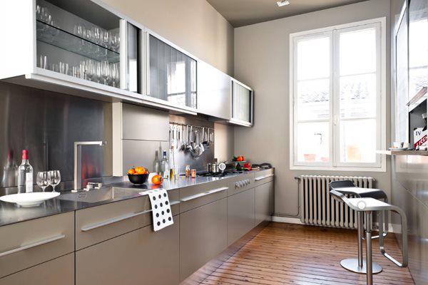 Tủ Bếp Inox, Tủ Bếp Gỗ, Tủ Bếp Nhôm, ... Chọn Loại Nào Cho Mình?