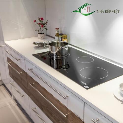 Những ưu điểm gì khiến tủ bếp nhựa PVC được các gia đình yêu thích như vậy?