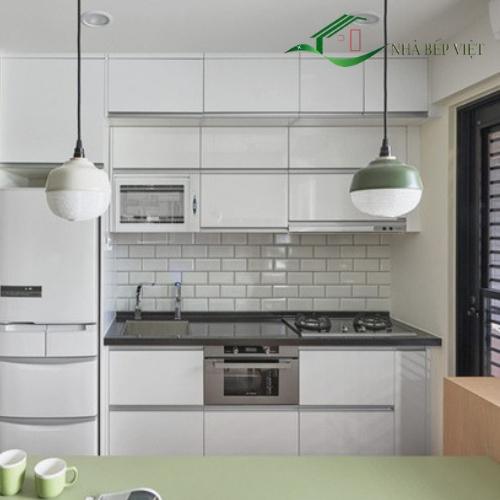 Có Nên Làm Tủ Bếp Gỗ Đẹp Bằng Gỗ Công Nghiệp Hay Không?