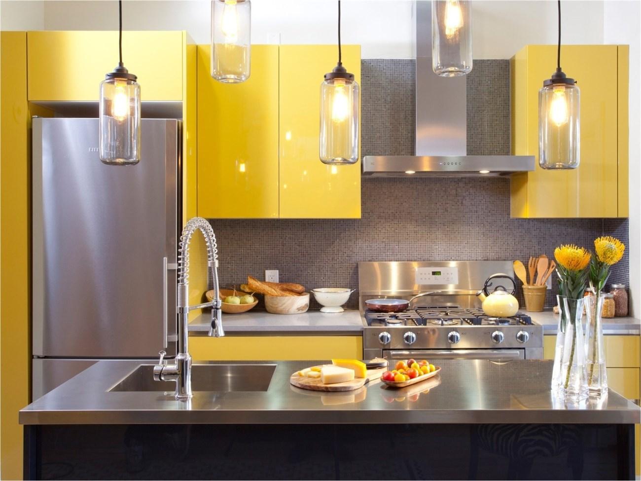 Chuyên đóng tủ bếp giá rẻ TPHCM hiện nay