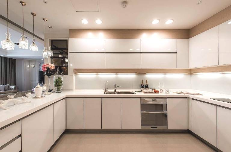 tủ14 - Giá thi công tủ bếp nhựa chính xác nhất