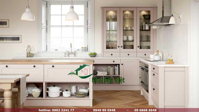 Thiết kế tủ bếp chữ l bằng gỗ với thiết kế hiện đại tại tphcm